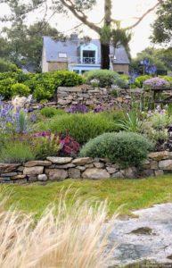 jardin rustico, jardin provenzal, xerojardin, piedras para jardin